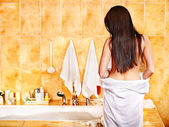 Woman relaxing at bubble bath. — Stock Photo