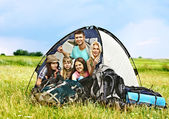 Pessoas do grupo em viagem. — Fotografia Stock