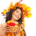 Girl holding basket with fruit. — Stock Photo #31639557