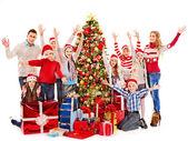 Skupina dětí s santa claus. — Stock fotografie