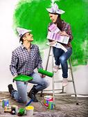 Parede de pintura de família em casa. — Fotografia Stock