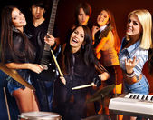 Group people playing guitar. — Stock Photo
