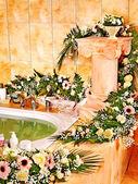 интерьер ванной комнаты с джакузи. — Стоковое фото