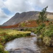 Stone bridge over river by Wastwater — Stock Photo