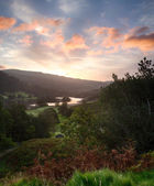 Sunrise over Rydal Water in Lake District — Stock Photo