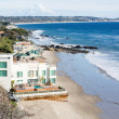 Houses by ocean in Malibu california — Stock Photo