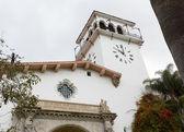 外部的圣塔芭芭拉法院加州 — 图库照片