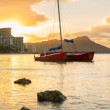 Sunrise over Diamond Head from Waikiki Hawaii — Stock Photo