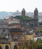 Skyline of Rome towards altar of the Fatherland — Stock Photo
