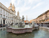 Dusk in famous Piazza Navona — Stock Photo