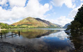 Reflections in Buttermere in Lake District — Stock Photo