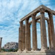 Temple of Zeus with Acropolis — Stock Photo