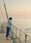 Lady on sunset cruise Kauai — Stock Photo