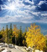 Höstens bergslandskap — Stockfoto