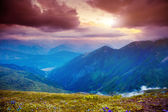 Sunset in mountains landscape — Stock Photo