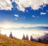 Sunny day in mountain landscape — Stock Photo