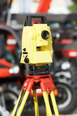 Surveyor equipment theodolite at construction site — Stock Photo