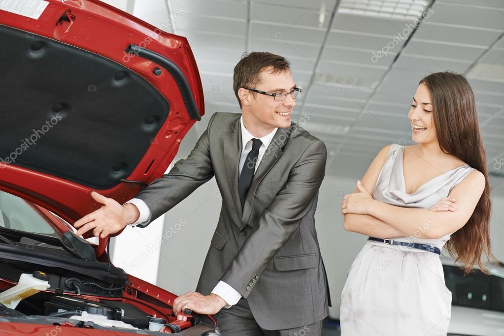 может работа в автосалоне продавец консультант стоимость, сравнить цены