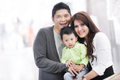 Young adult asian family — Stock Photo