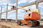 Generatore lavoratore fermata palo cemento — Foto Stock