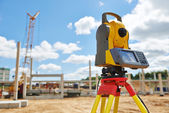 Surveyor equipment theodolie outdoors — Stock Photo