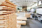 Wood lumber materials at plant — 图库照片