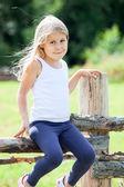 Bella bambina, giorno d'estate — Foto Stock