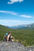 Male hiker — Stok fotoğraf
