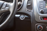 汽车的仪表板 — 图库照片