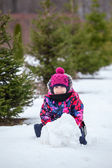 Child with snowball — Foto Stock