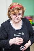 Mujer senior en gafas — Foto de Stock