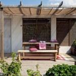 Wooden patio in garden — Stock Photo #1159471