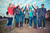 大学生与竖起大拇指 — 图库照片
