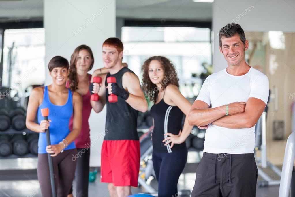Group of at Gym with Instructor — Stock Photo #13197381