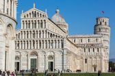 Pisa Leaning Tower and Piazza dei Miracoli — Stock Photo