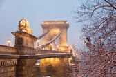 Chain Bridge in Budapest at Twilight with snow — Stock Photo