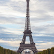 PARIS, FRANCE - OCTOBER 1: Tour Eiffel and Champs de Mars in Par — Stock Photo