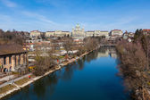 Bundeshaus and Aare River in Bern, Swiss — Stock Photo