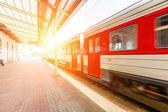 Tåg vid stationen i vilnius — Stockfoto