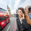 Young Woman Talking on Mobile in London — Stockfoto