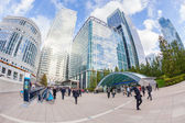 Commuters in Canary Wharf, London Financial District — Stock Photo