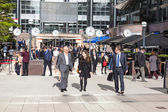 LONDON, UNITED KINGDOM - OCTOBER 30: Commuters in Canary Wharf, — Stock Photo