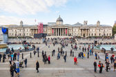 LONDON, UNITED KINGDOM - OCTOBER 30, 2013: Crowded Trafalgar Squ — Stock Photo