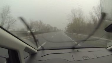 Driving in the Rain — Vídeo de stock