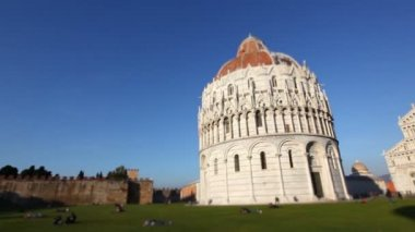 Cathedral and Leaning Tower in Pisa — Stock Video