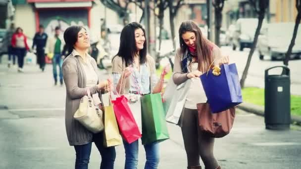 Women with Shopping Bags — Vidéo