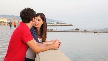 Couple on seacoast — Stock Video