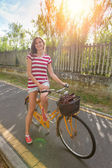 Young Woman Going by Bike, Sustainable Commuting — Photo