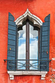 Window in Venice — Stock Photo