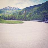 Silnice v alpách — Stock fotografie